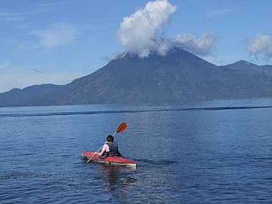 Atitlan Adventure Tours: kayak panajachel