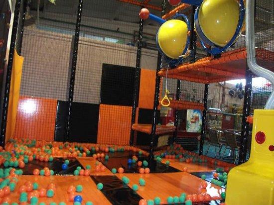 Monkey Bizzness: Ball blaster zone!