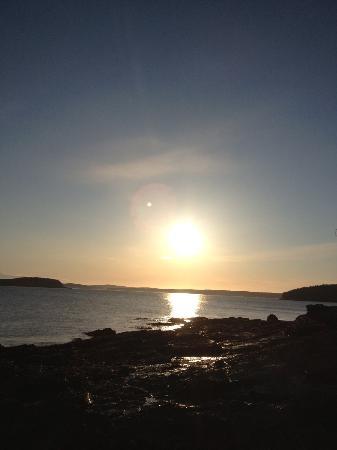 Bar Harbor Inn: View at sunrise