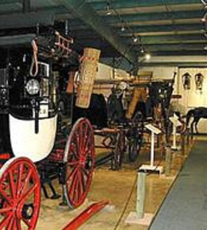 ‪Winmill Carriage Museum‬