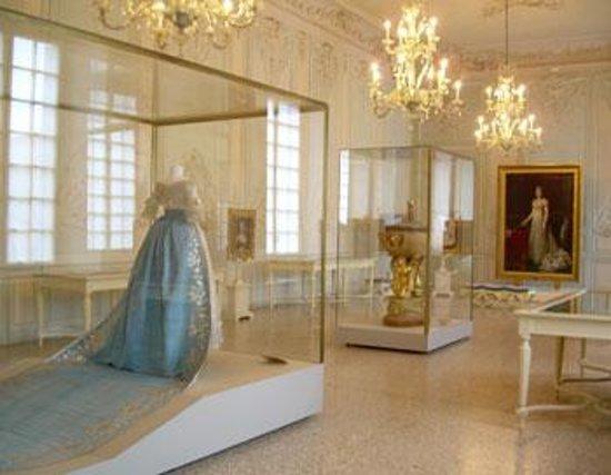 Museo Lombardi - Marie Louise and Napoleon: Salone delle Feste
