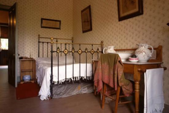Tenement House: Tenement bedroom