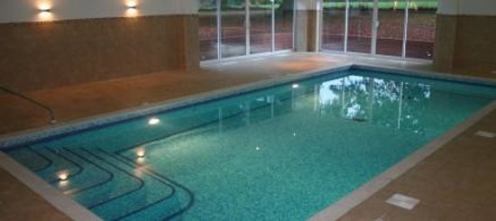 So rude review of overton grange hotel spa pool ludlow england tripadvisor for Ludlow hotels with swimming pool