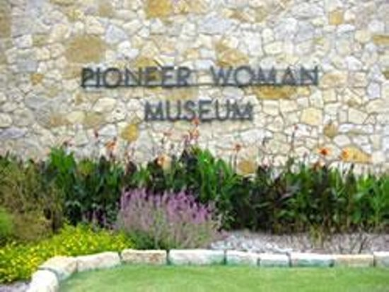 ponca city women Ponca city is a girlfriend getaway destination full of surprises and stories with sizzle that'll leave you talking long after your visit.