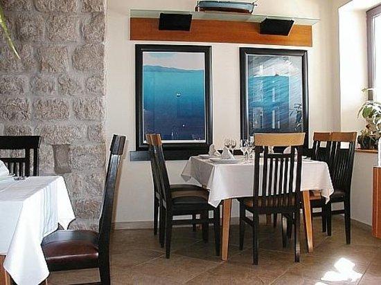 Restaurant Levanat: Inside