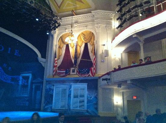 Ford's Theatre: Box seat in theatre. Pic of George Washington in front of the box