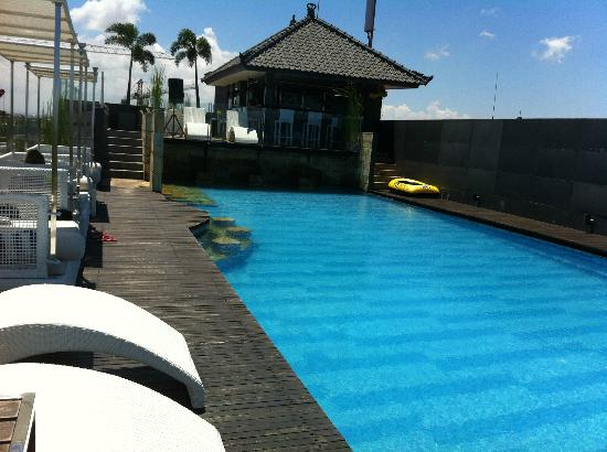J Boutique Hotel : View looking across pool and bar