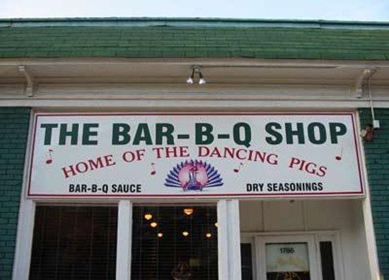 The Bar-B-Q Shop: Bar-B-Q Shop Store Front