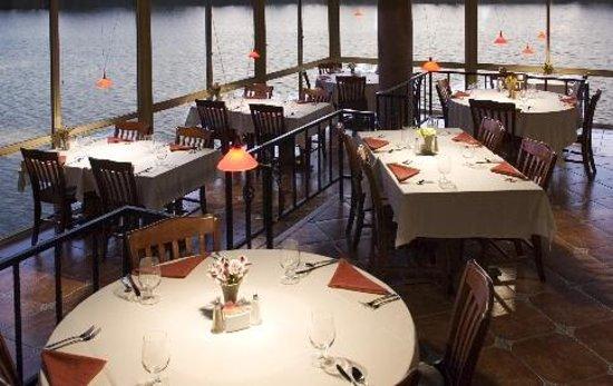 Kerrville, TX: Main dining room