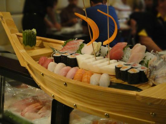 Wasabi Sushi Lounge : Love Boat