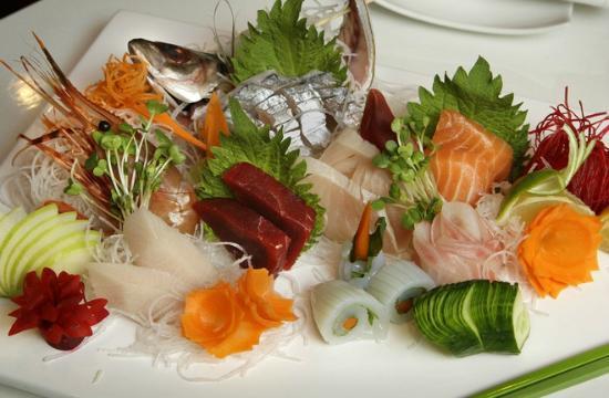 Wasabi Sushi Lounge : Sashimi Platter
