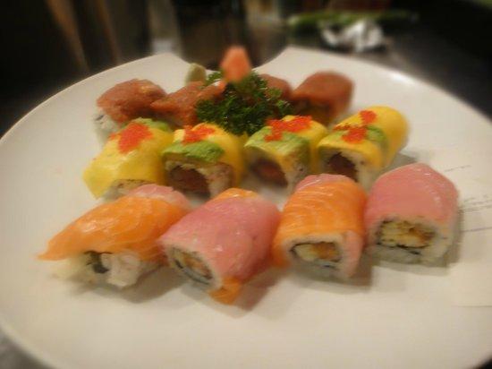 Wasabi Sushi Lounge: Signature Rolls