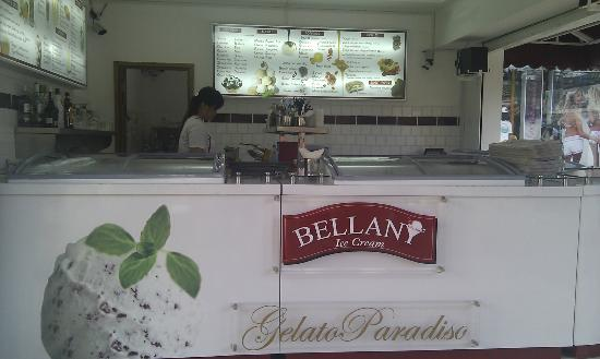 Bellany Ice-cream, Cocktail, Waffles