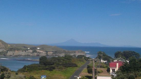 Mokau Motels: View from the balcony!  Perfect.