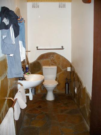Hotel Pension A la Mer: Ensuite bathroom