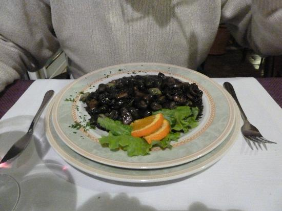 Eden: Cuttlefish with broad beans