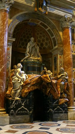 Vatican City, İtalya: Bernini's - Monument to Alexander VII(3)