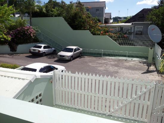 Coconut Court Beach Hotel: der Blick vom Balkon
