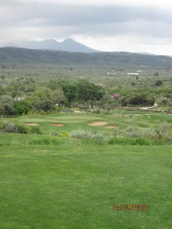 Navarino Dunes Golf: Almost every hole provides 360 views of either mountains or sea