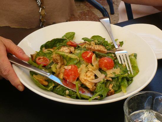 The Royal : Cajun Chicken Salad