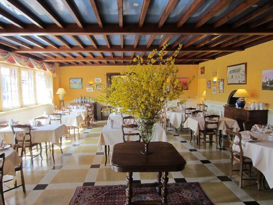 La Touraine Champenoise: Restaurant