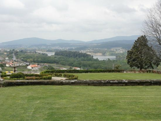 Estalagem da Boega: view over the river Miño