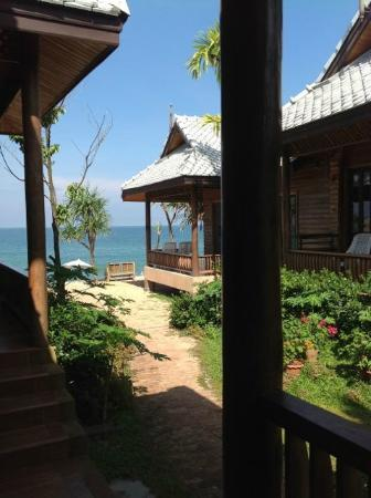 Baan Pakgasri Hideaway: View from patio