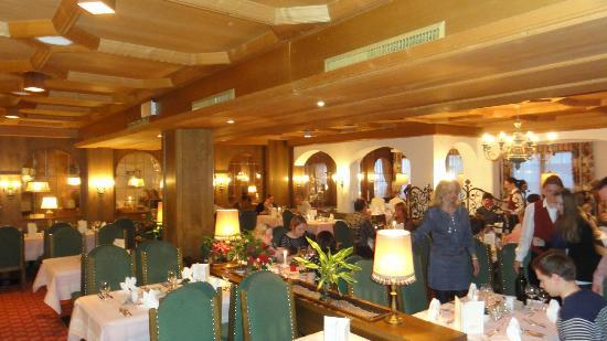 Hotel Alpina Deluxe: SALLE A MANGER