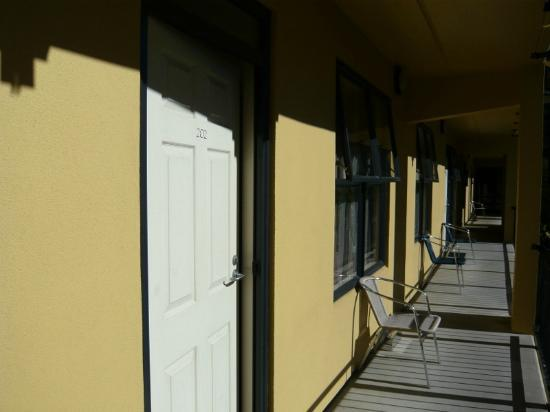 Victoria Court Motor Lodge : Balcony