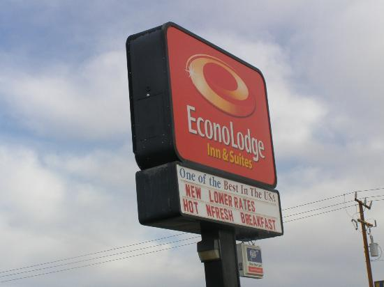 Econo Lodge Inn & Suites : Schild