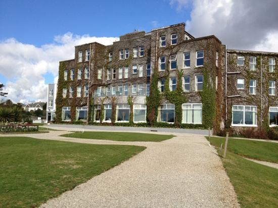 The Carlyon Bay: back of hotel