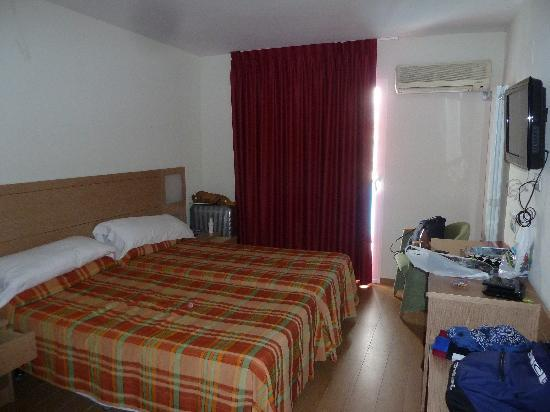 Hotel Benidorm Plaza: habitacion doble