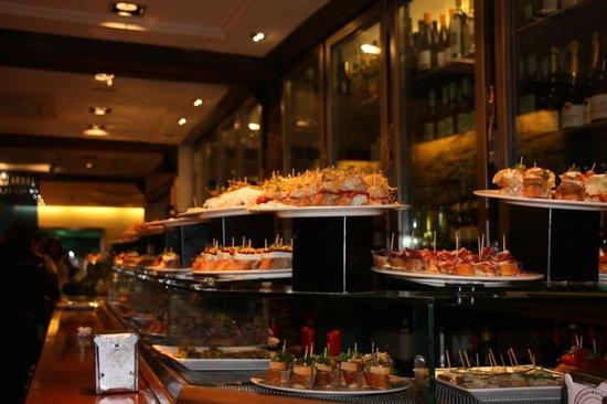 Irati Taverna Basca: tolle Auswahl