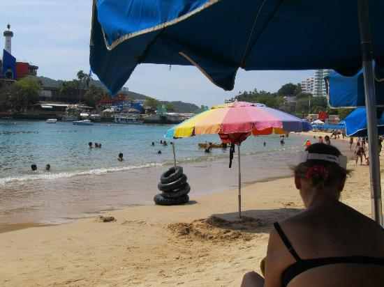 Playas Caleta y Caletilla: Towards Caletilla