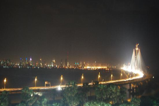 show topic traveling mumbai nightlife bombay maharashtra