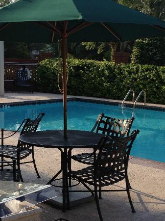 Hampton Inn Savannah -  I-95 North: Decent pool