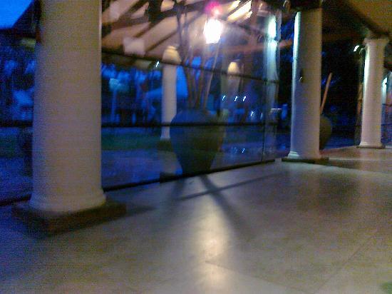 Dambulla Rest House: Resthouse - Lobby