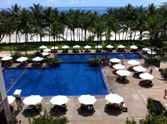Club Med Bintan Island: Pool view from Level 4 - Front Desk