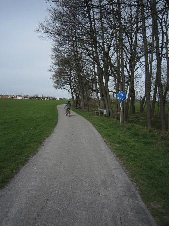 Lindners Romantik Hotel & Restaurants: Biking in surrounding area