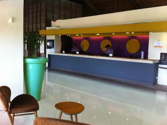 Club Med Bintan Island: Front Desk