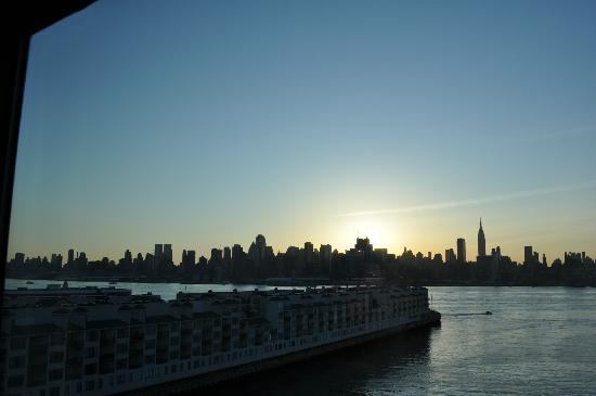Weehawken, NJ: Great morning from hotel room
