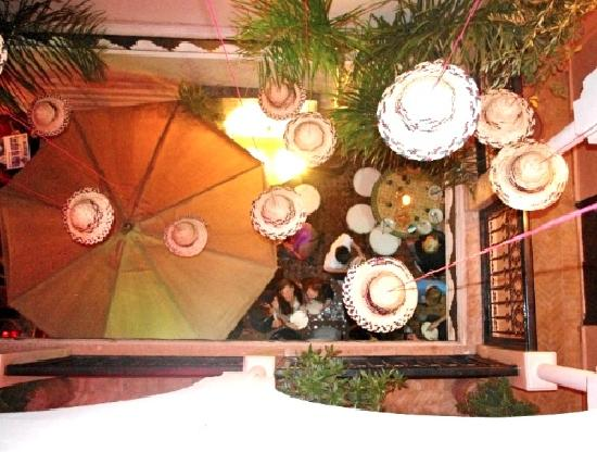 Hostel Nari-Nari Marrakech : Dinner at Nari-Nari