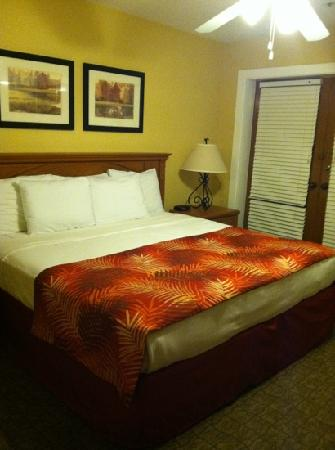 Legacy Vacation Resorts-Palm Coast: master bedroom