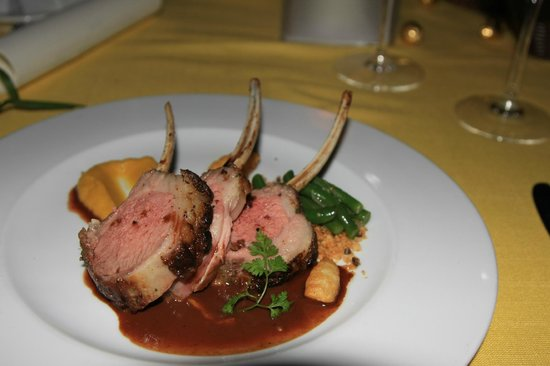 20 Degres Sud Restaurant: Lamb, with a rich sauce and vegetables - part of a special Easter menu