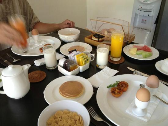Bali Yubi Villa: The breakfast was sent right on time every morning