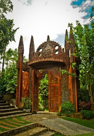 Cintai Corito's Garden: The Portal