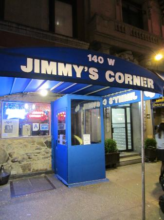 Jimmy's Corner: The front, you cant miss it !