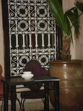 Riad Abaka: Courtyard