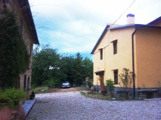 B&B il Giglio Etrusco: l'aia nel cuore della proprietà