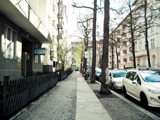 Hotel-Pension Bregenz: street view approaching the pension